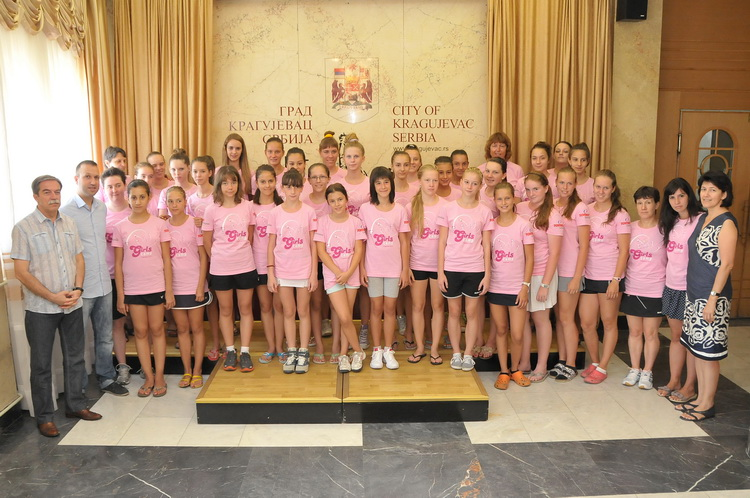 Girls camp participants in City hall of Kragujevac in 2013